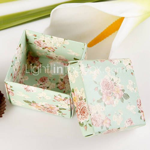 The Favour boxes - such a good deal !