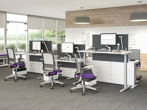 Steelcase Migration TM heightadjustable desk allows