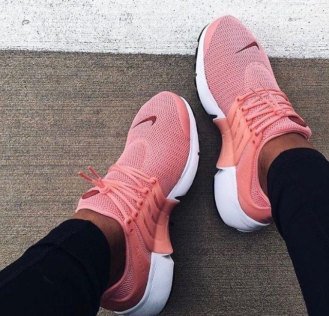 Chaussures De Marque, Chaussures De Fitness, Chaussures Femmes, Sneakers  Femme, Nike Femme, Reebok Femme, Tennis Féminin, Chaussure Basket, Tenue  Sport