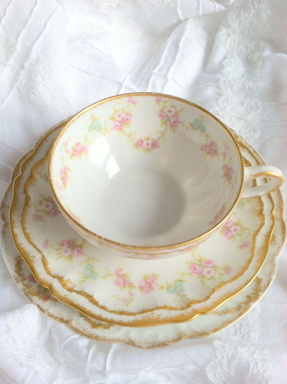 antique tea cup and saucer circa 1950 39 s via etsy teacups geschirr tassen und. Black Bedroom Furniture Sets. Home Design Ideas