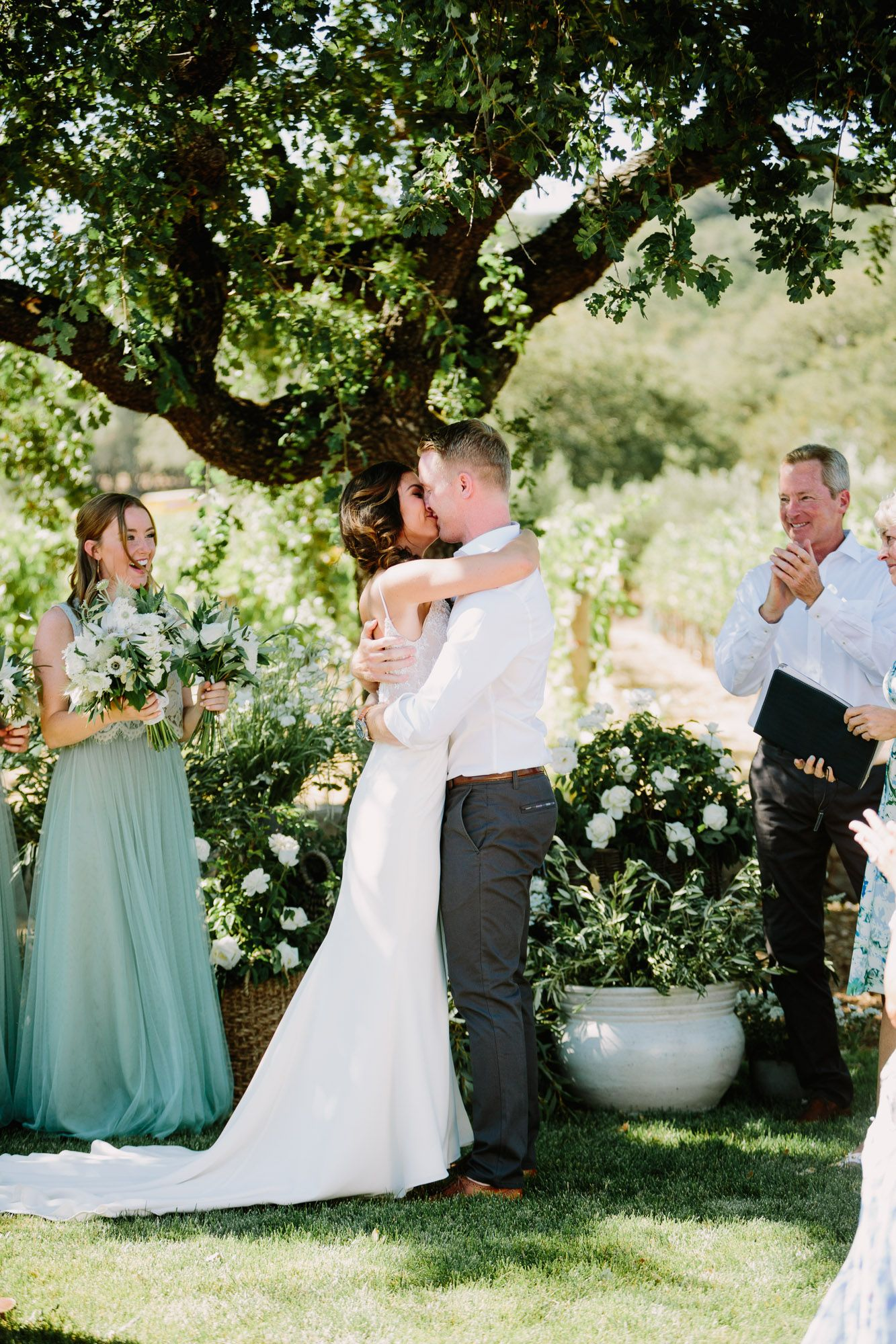 Laid-back Sonoma #Wedding at Home. #Ceremony #Kiss #Photography