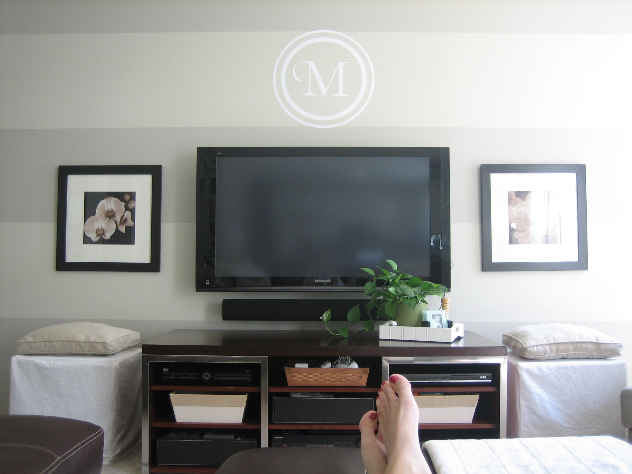 Idea for large wall & flat screen tv placement stripe wall monogram