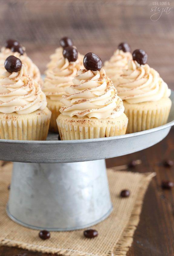 Tiramisu Cupcakes Tiramisu cupcakes Tiramisu and Cake