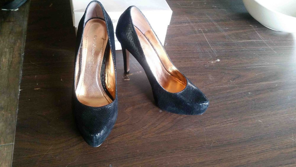 c551e4e4d78 Nice BCBG Parade Black snake skin high heels size 6.5 #fashion ...