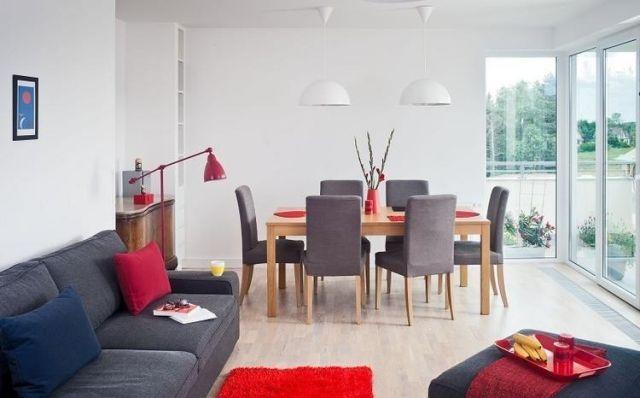 Schon Dekovorschläge Für Wohnzimmer Essbereich Graue Moebel Rote Akzente  Beide Bereiche