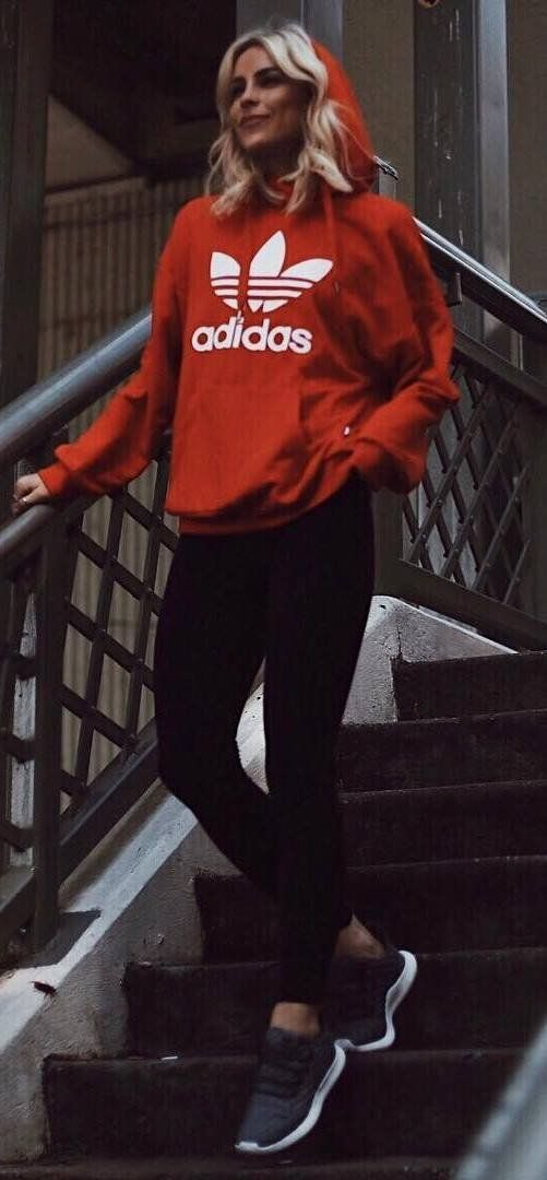 what to wear with red sweatshirt