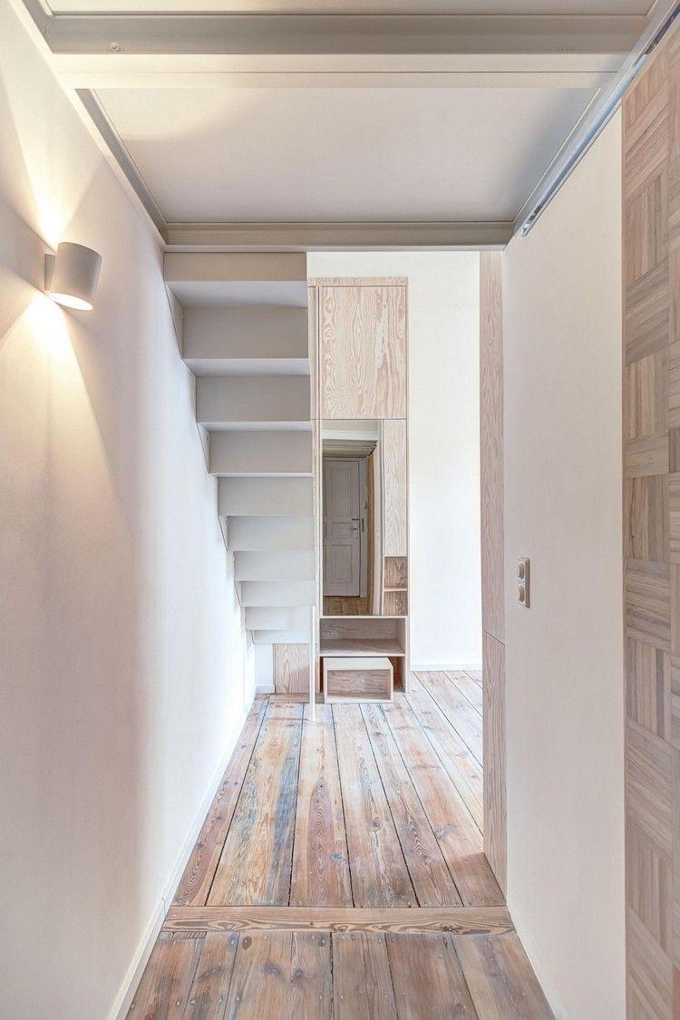 idée aménagement studio, escalier suspendu, appliques murales et sol ...