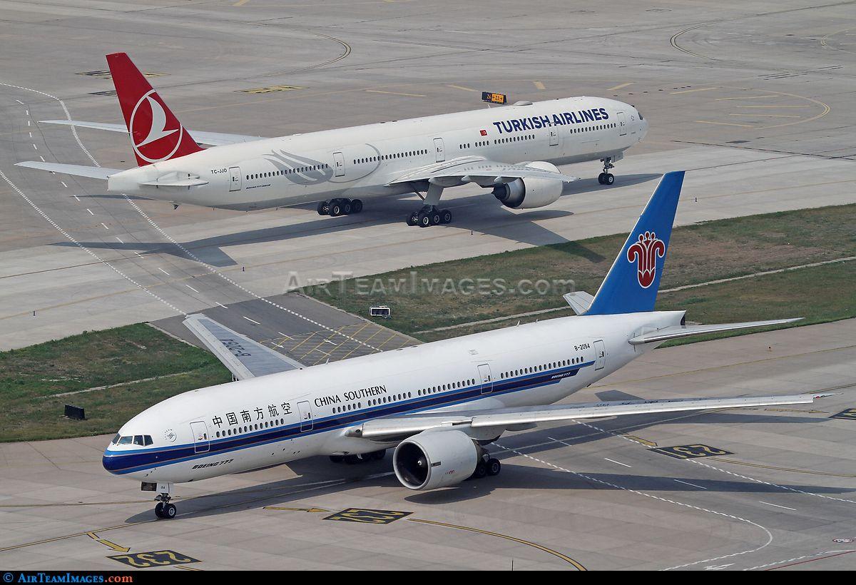 Boeing 77721B 飛行機