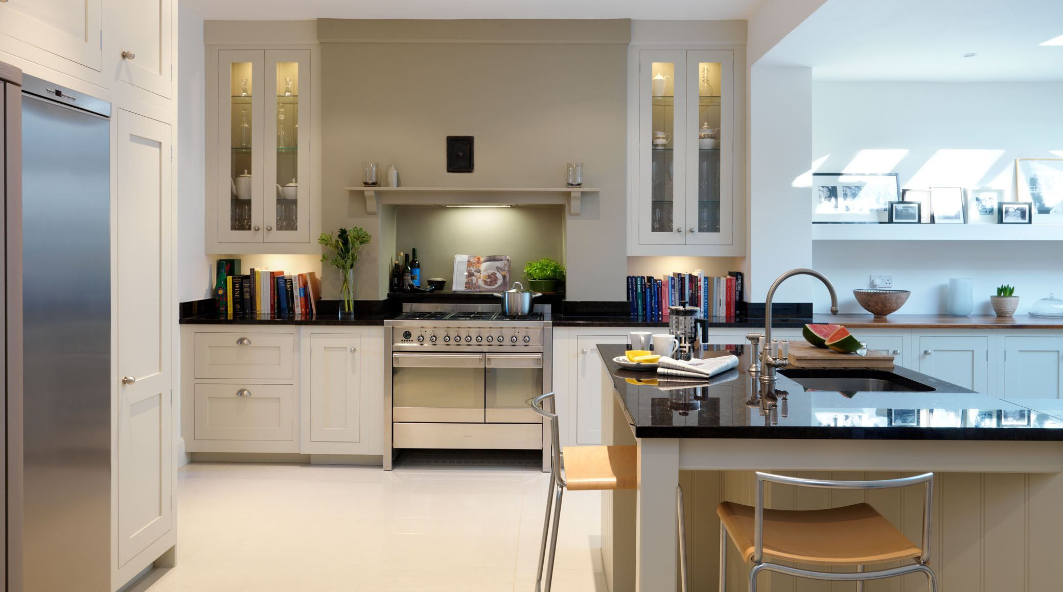 kitchen design around chimney breast smeg opera range cooker in stainless steel layout of 945