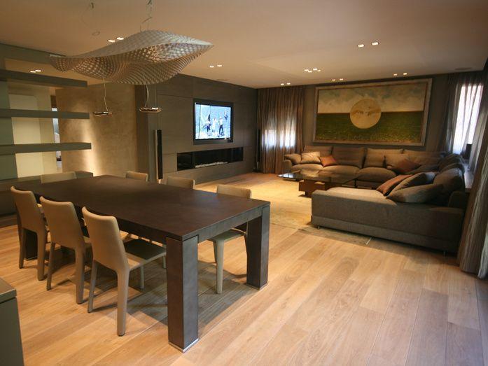 Comedor sala de la tv salon moderno decoracion via - Como decorar un salon con chimenea ...