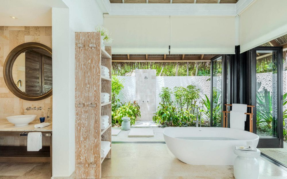 The Best Hotel Bathrooms Around The World Domino Bathroom Remodel Cost Beautiful Bathrooms Modern Master Bathroom