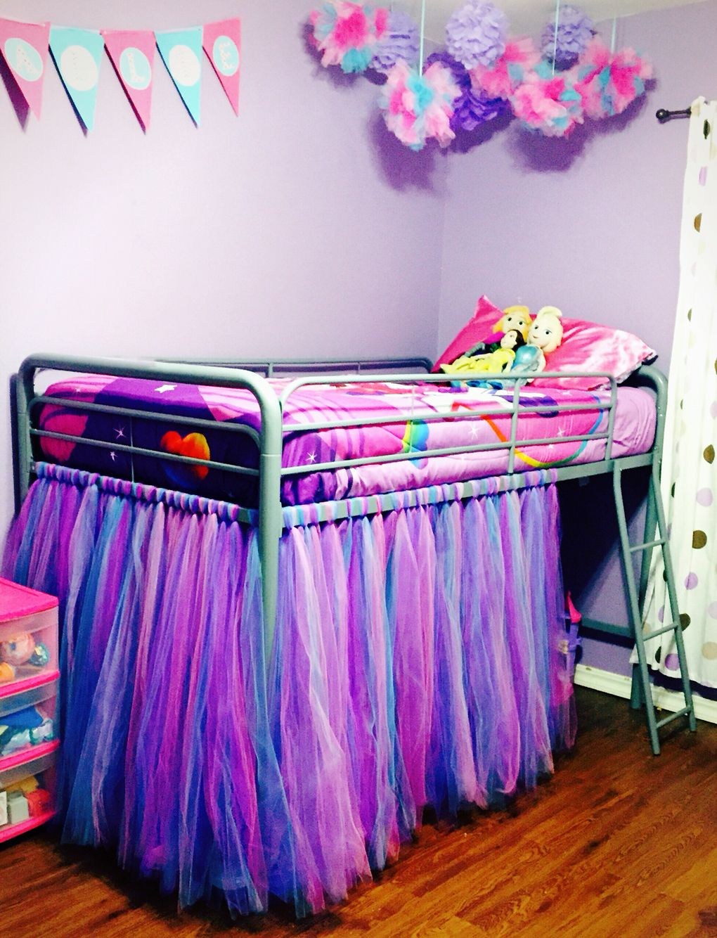 Loft Bed With Tulle Tutu Skirt Girl S Bedroom