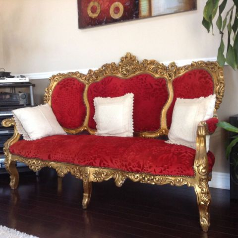 Clic Three Piece Sofa And Love Seat Also One Red Royal Couches Futons Mississauga L Region Kijiji