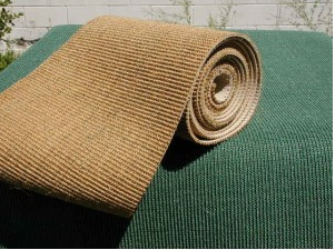 Natural Sisal Remnants And Woven Sea Grass Rugs For Diy Cat Projects Cat Scratching Post Diy Cat Scratcher Tall Cat Scratching Post