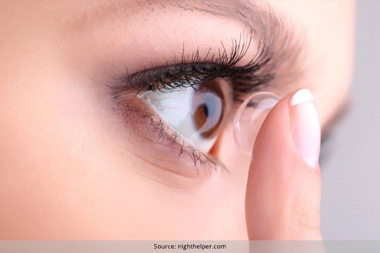 How To Remove Contact Lenses Safest Ways Possible Contact Lenses Contact Lenses Online Contact Lens Solution