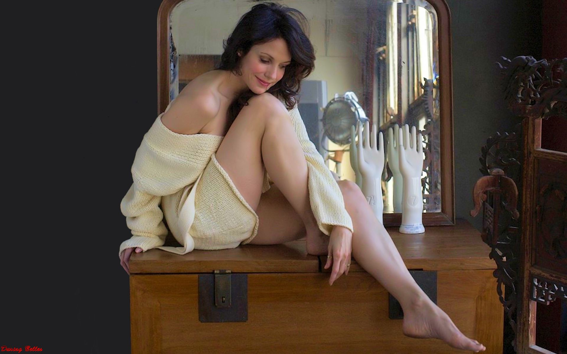 pics sexy feet mary-louise parker