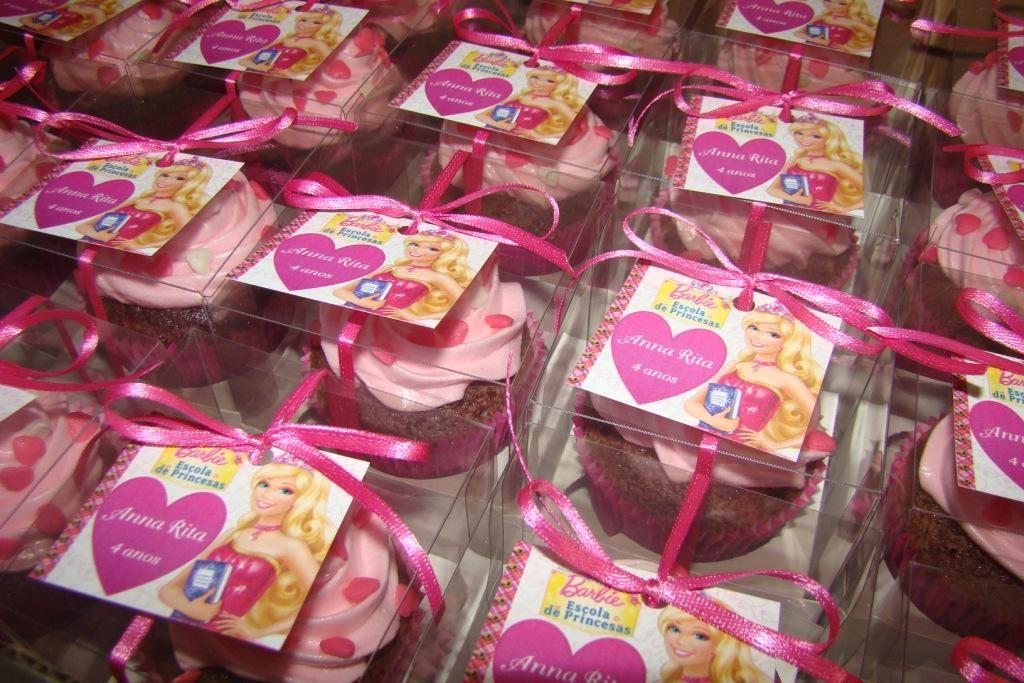Embalagem individual com cartão e laço de fita - Barbie Escola de Princesas