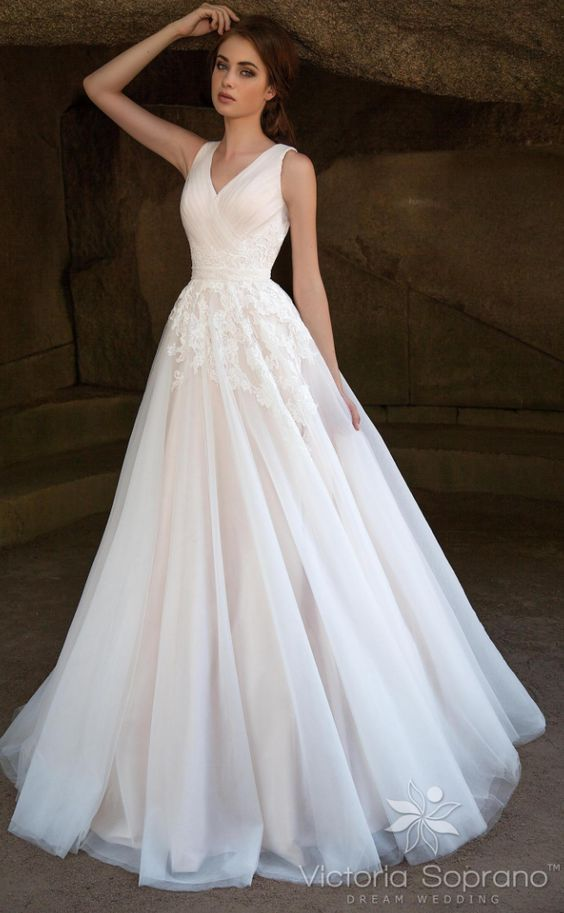 Victoria Soprano Wedding Dress Inspiration   Wedding Dresses ...