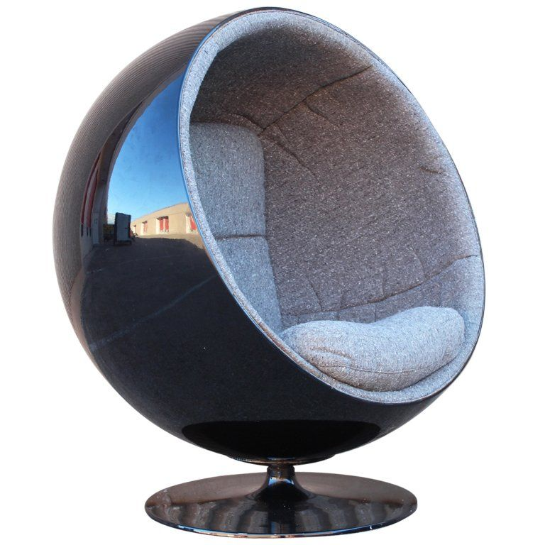 Perfect Eero Aarnio 1963, Globe Chair Or Ball Chair. An Archetypal Representation  Of Space Age