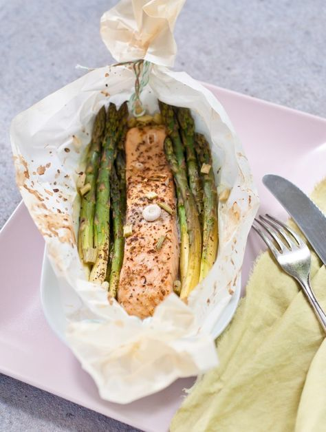 Photo of Green asparagus and salmon from the oven Serendipity