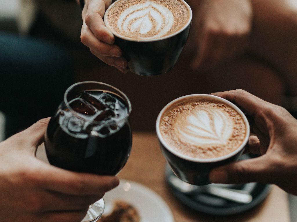 Küchendesign rot und silber kaffeemaschinen shop coffee to wow  kaffee in   pinterest