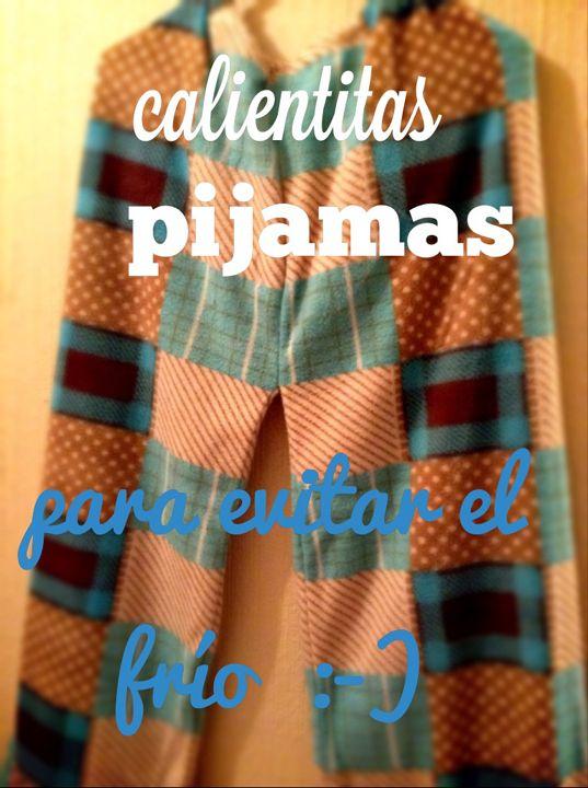 Una oferta para facilitar el descanso, con el abrigo de telas suaves y calientitas para invierno! Para mujeres que desean darse un abrigo cariñoso, como parte del autocuidado personal. En colores de temporada, unitalla, calientitas, ligeras y muy suavecitas. La tela empleada para estas pijamas es polar grueso, para proteger del frío, es elástica estirando hacia lo ancho para comodidad de la cadera :-D  •PRECIO NORMAL $250.°° MXN •Bondadosa Oferta $170.°° MXN