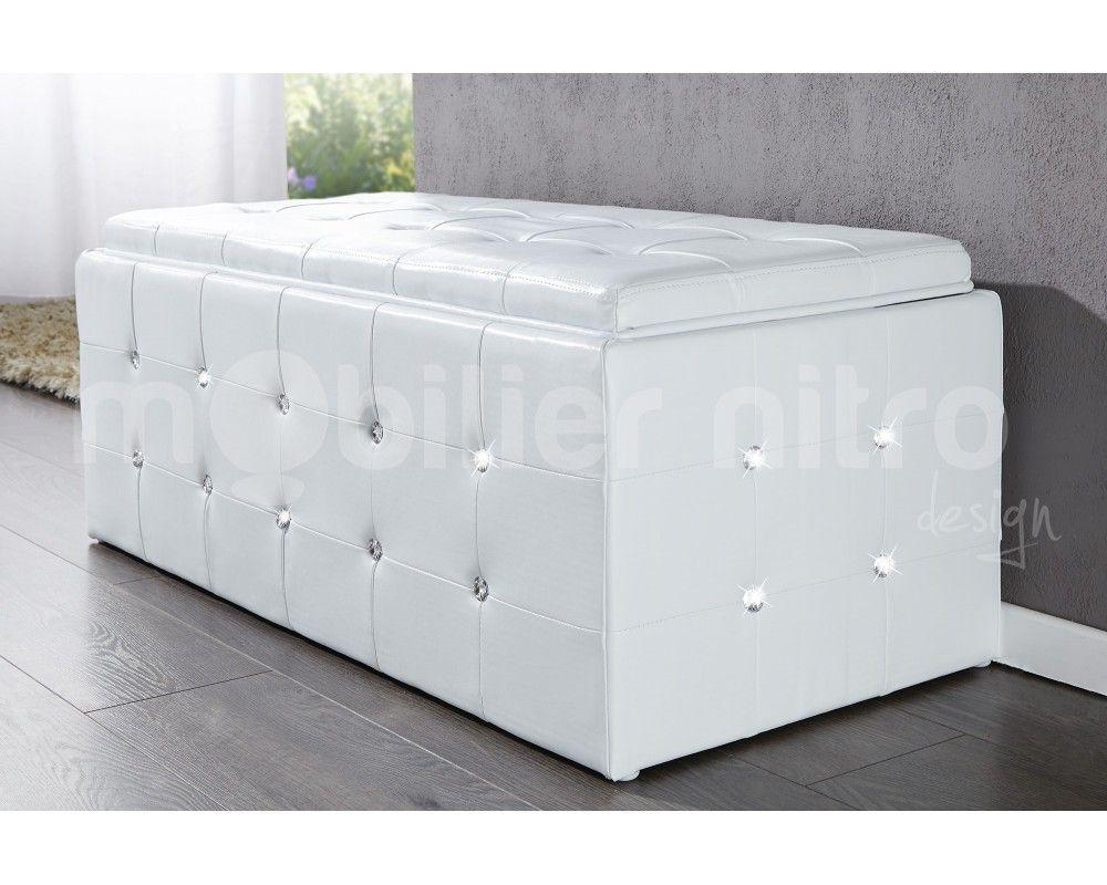banquette capitonne incruste de strass elle possde galement un coffre pour un espace de rangement plus grand - Miroir Mural Blanc Simili Cuir Strass