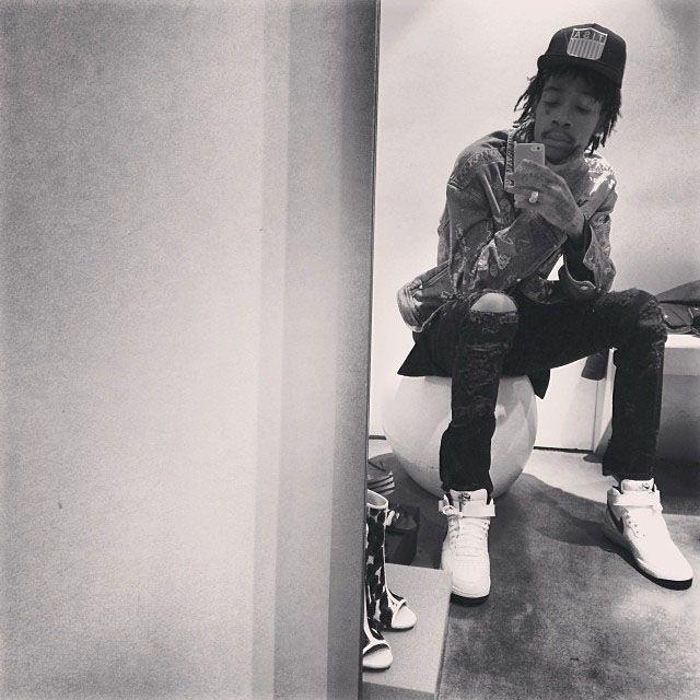 821ef00b59c Wiz Khalifa wearing Nike Air Force 1 Mid | Celebrity Kicks & Fashion ...