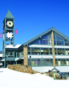 Learn To Ski In The Laurel Highlands Hidden Valley Resort Has An Awesome Learn To Ski Area Resort Skiing Outdoor Recreation
