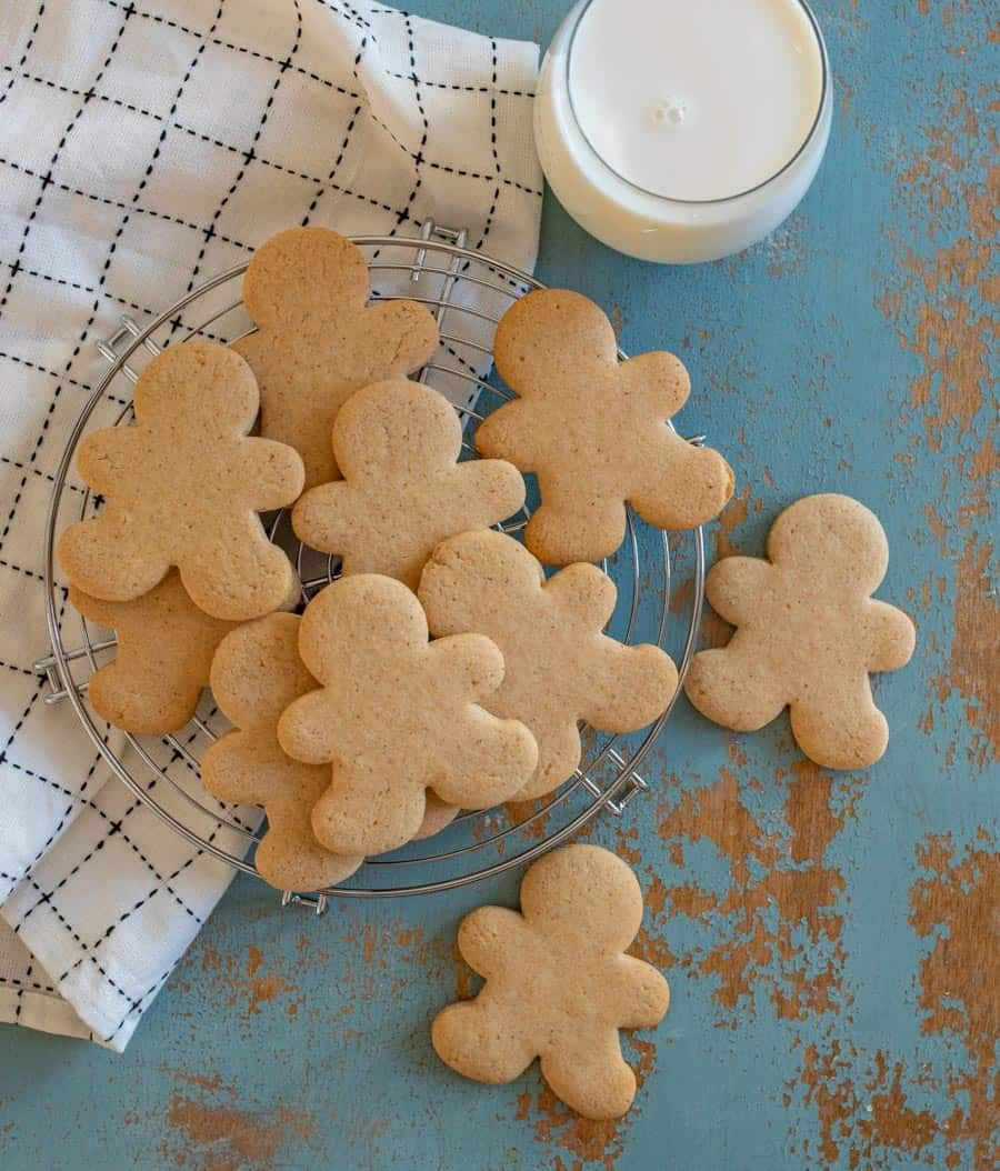 How To Make Perfect Gingerbread Cookies Without Molasses Recipe Gingerbread Cookies Ginger Cookies Christmas Gingerbread
