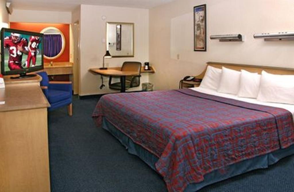 KnightsInn Regina Canada Travel Hotel Vacation
