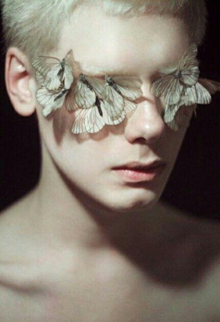 vlinders, high-end schoonheid, redactioneel #GlitterPhotography,  #GlitterPhotography #highen...