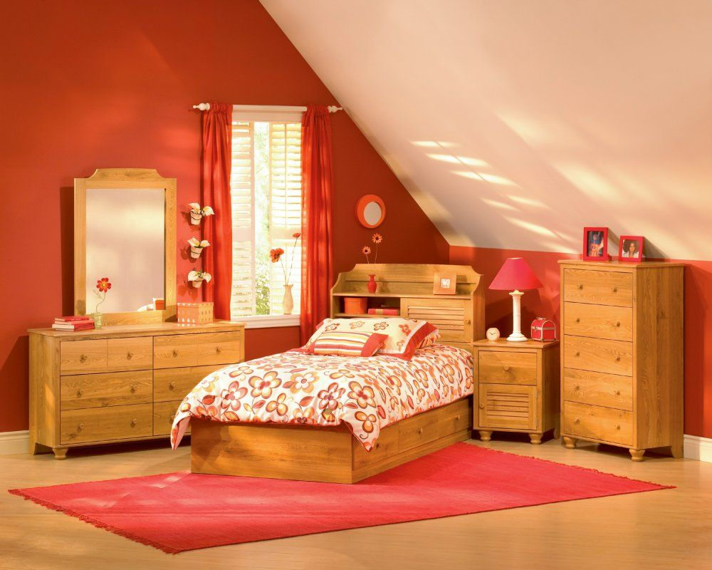 Wooden furniture kids room design with wooden cabinets wooden bunk