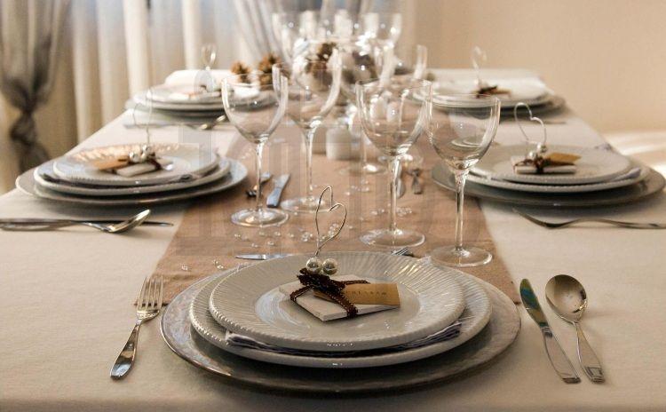 Charmant Decoration Table Pour Invites #13: ... Decoration Table Pour Invites #13: Déco Table Noël Originale Et  élégante Pour Une Fête ...