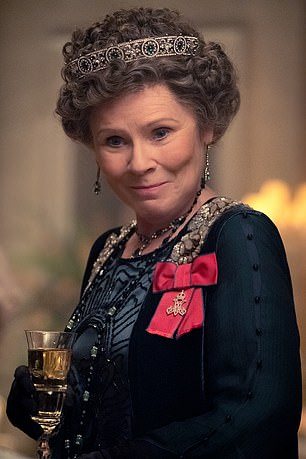 Imelda Staunton Is To Take Over From Foy And Colman In The Crown Imelda Staunton The Crown Tv Show Staunton