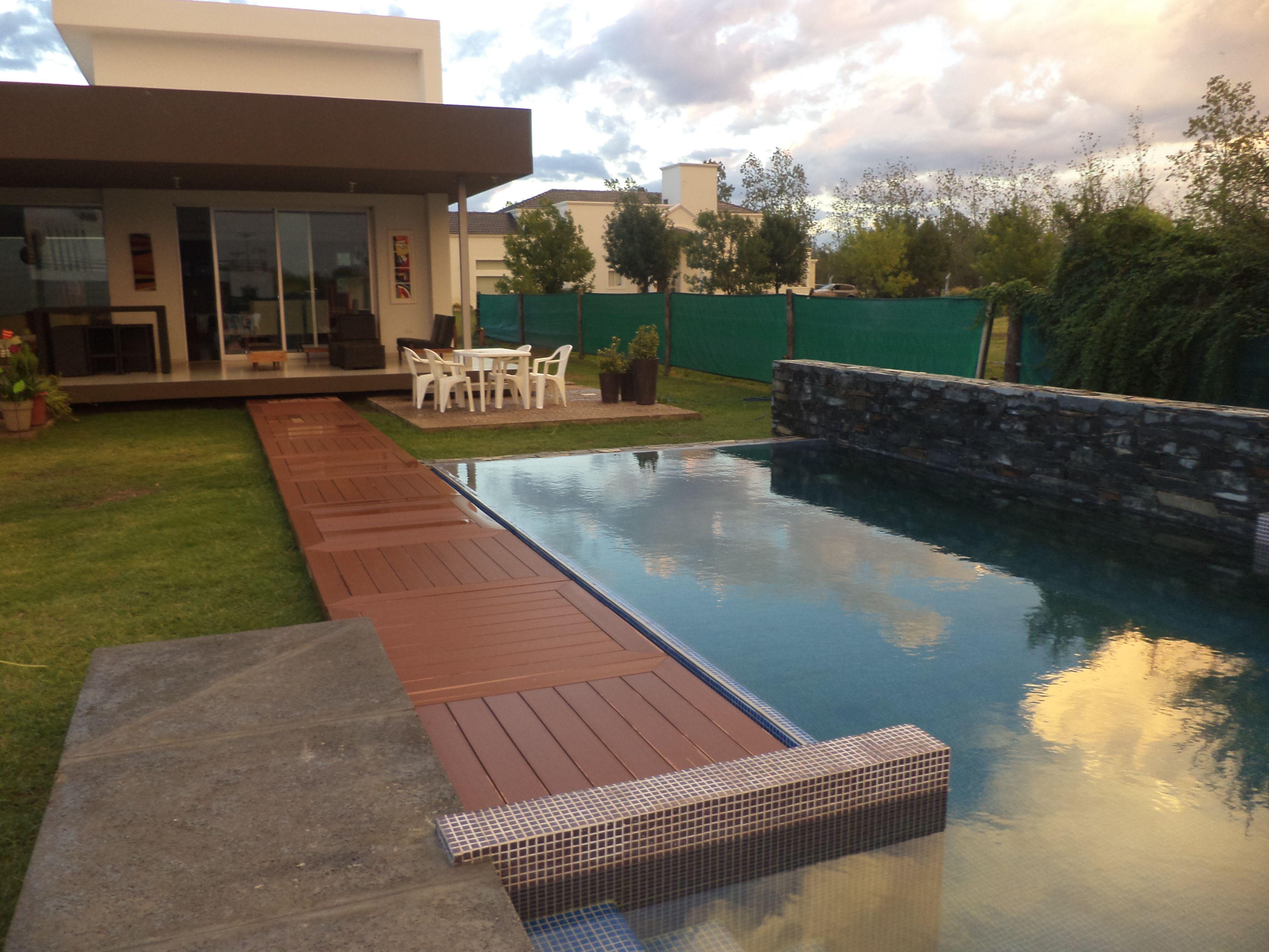 piscina familiar - revestimiento veneciano - muro revestimiento en