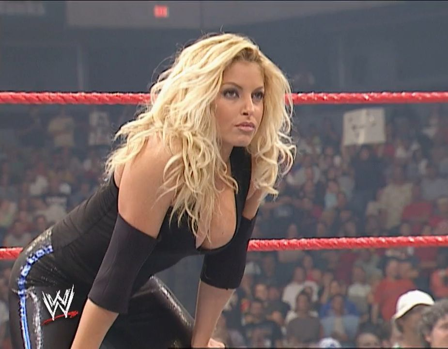 Womens Pro Wrestling: WWE Legend Trish Stratus | Total Divas of