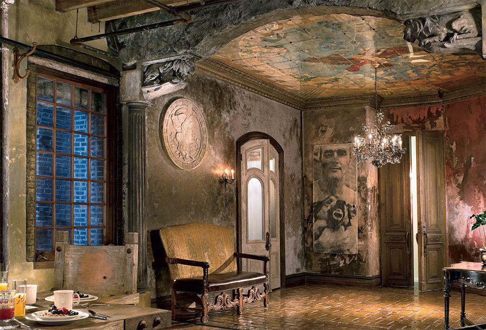 Gerard Butler Lists Opulent New York City Duplex Loftmillion Size 3 150 Square Feet 2 Bedrooms 2 5 Bathrooms New York Loft Nyc Loft Gerard Butler