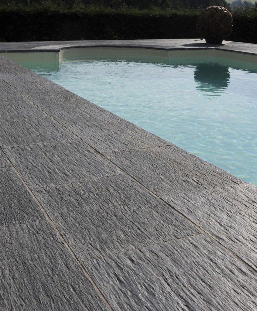dalle de piscine ardoisi re de pierra en pierre reconstitu e dalle piscine moderne ardoise. Black Bedroom Furniture Sets. Home Design Ideas