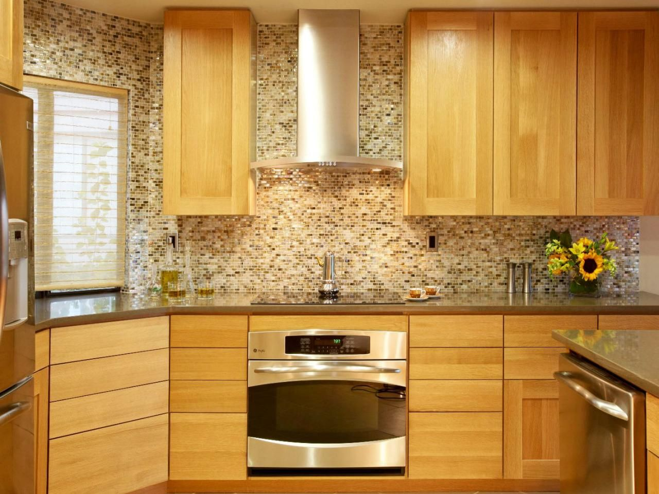 Pictures of kitchen backsplash ideas from inset cabinets pictures of kitchen backsplash ideas from dailygadgetfo Images