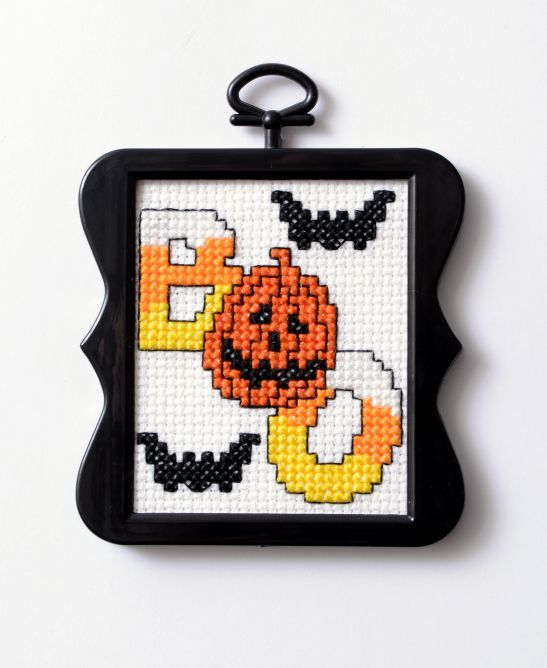 Free Downloadable Halloween Cross Stitch Pattern Plaid Online