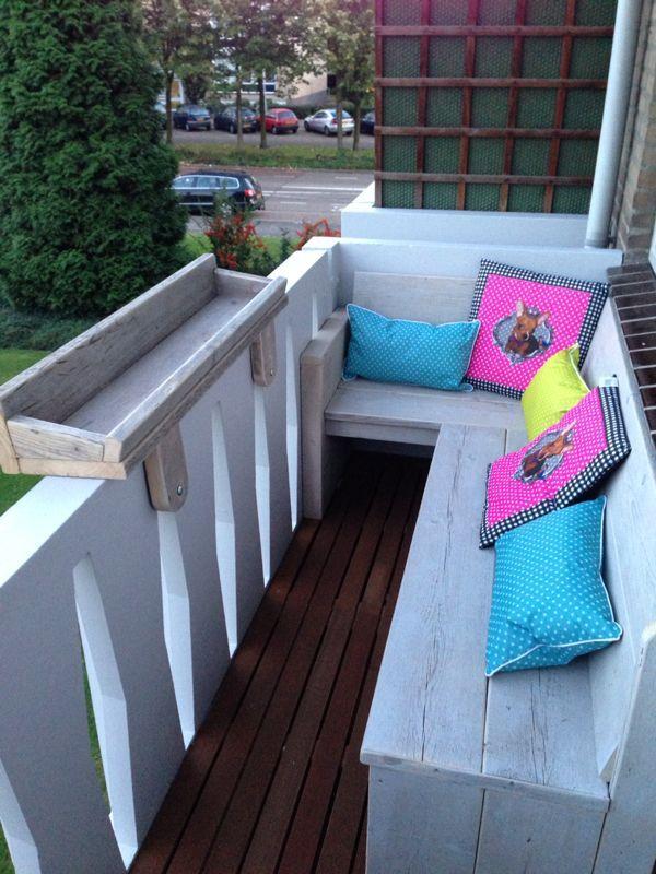 Op maat gemaakt balkon-bankje (met afbeeldingen) | Balkon
