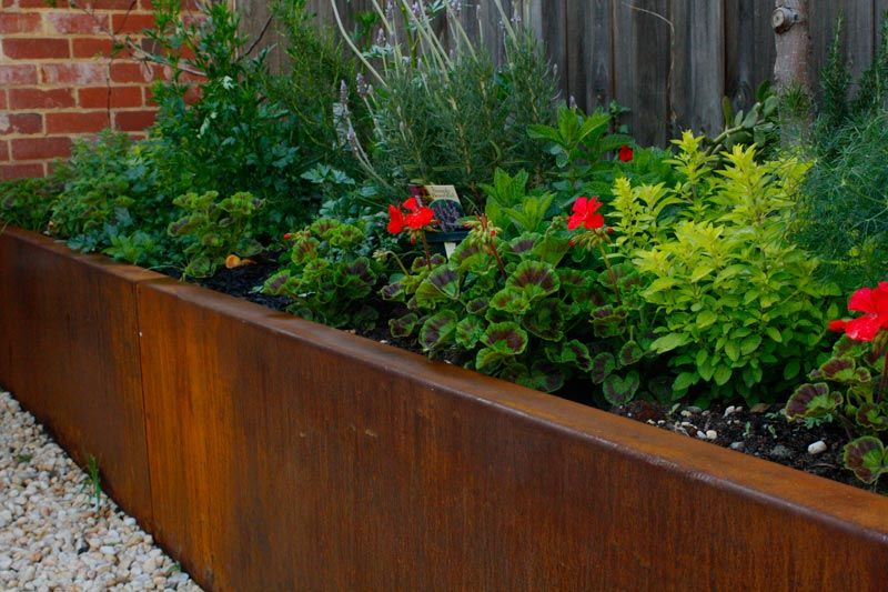Landscape Bed Edging | Steel Retaining Walls Melbourne | Corten