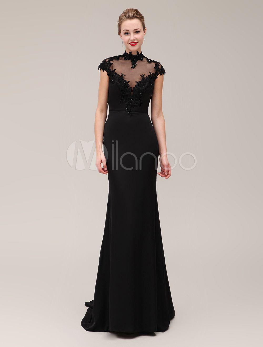 Abendkleid mit Schleppe in Schwarz | Abendkleider | Pinterest ...