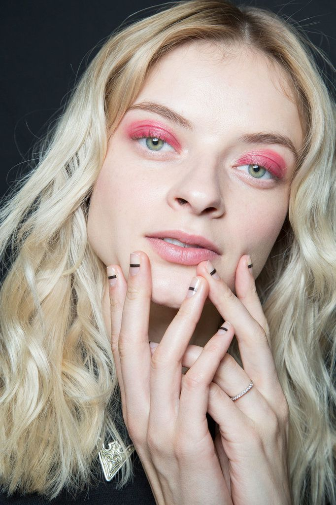 125+ Jaw-Dropping Beauty Creations From the NYFW Runways | Make up ...