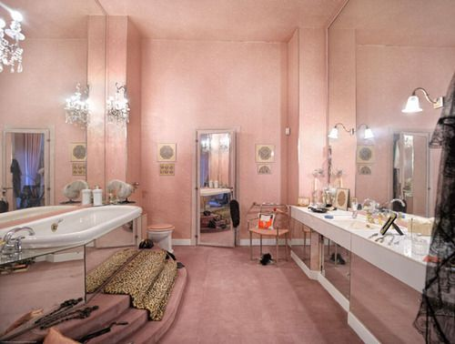 Coco Chanel S Bathroom On