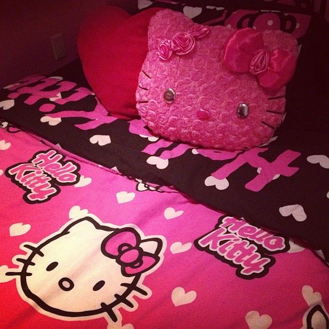 Bedspread and Pillow온라인카지노❣SDD447。COM♣메가888카지노もcoming soon!!!온라인카지노❣SDD447。COM♣메가888카지노もcoming soon!!!온라인카지노❣SDD447。COM♣메가888카지노もcoming soon!!!