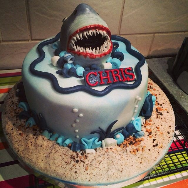 Jaws Themed Cake Family Birthday Cakes Pinterest Birthday