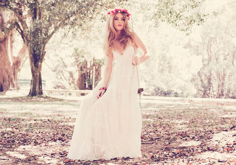 ANNAWII ♥ BOHEMIAN WEDDING DRESSES | Chic bridal gown