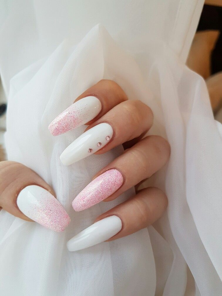 pink and white ombre nails - 756×1008